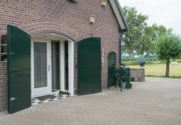 De-Weteringschans-Bed-and-Breakfast-Gelderland-Veluwe-Vaassen-foto-huis-3-LR