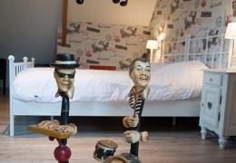 De-Weteringschans-Bed-and-breakfast-veluwe-gelderland-vaassen-foto-muziekkamer-nieuwe-foto-2